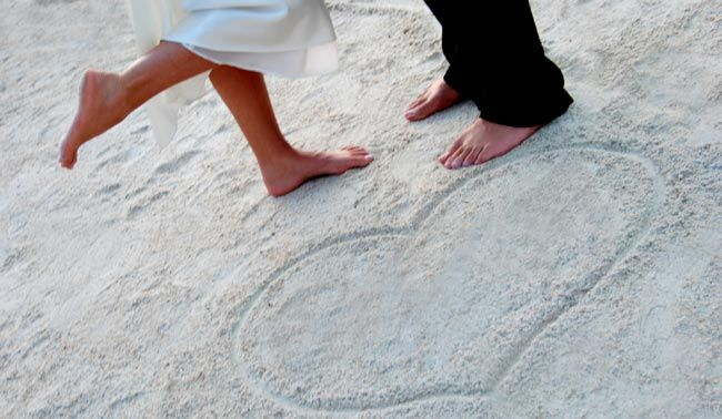beach wedding <3 it