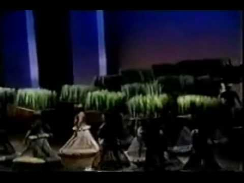 The Lion King Broadway Grassland Chant Live Lion King Broadway Lion King Youtube