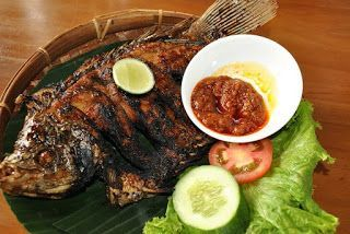 Cara Memasak Ikan 3 Rasa Cara Memasak Ikan Bandeng Cara Memasak Ikan Bawal Bakar Cara Memasak Ikan Bawal Goreng Cara Mema Indonesian Food Food Fish Recipes