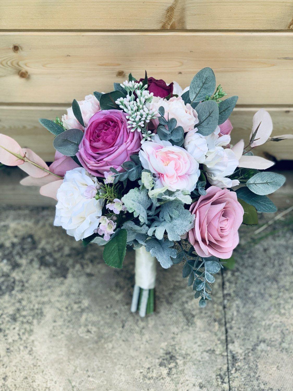 Dusky blush pink artificial bridal bouquet-Blush pink silk wedding bouquet-Real touch dusky pink wedding flowers-Bridesmaids bouquets #silkbridalbouquet