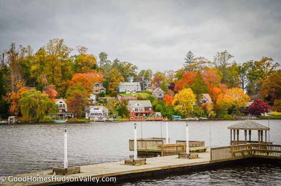Homes Around Lake Mahopac In Putnam County New York New York