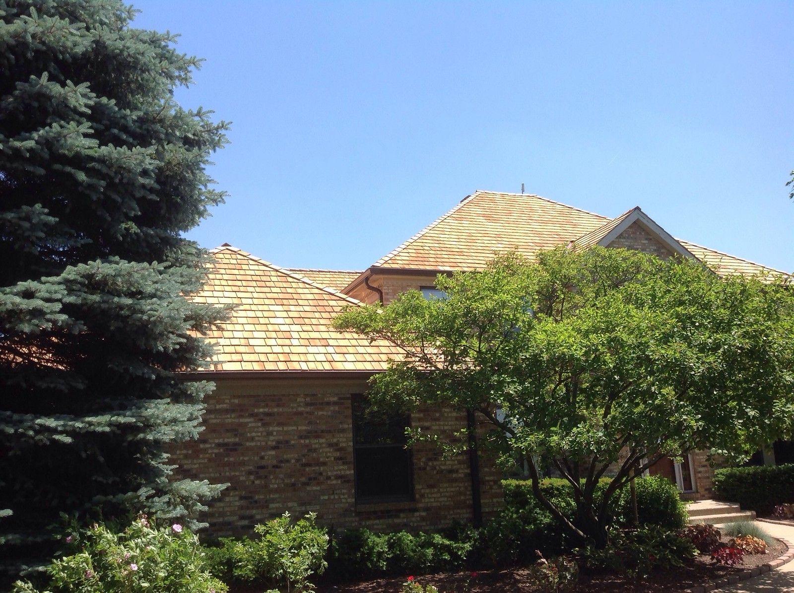 Best Cedar Roofing Installation Cedar Roof Roofing Cedar 400 x 300