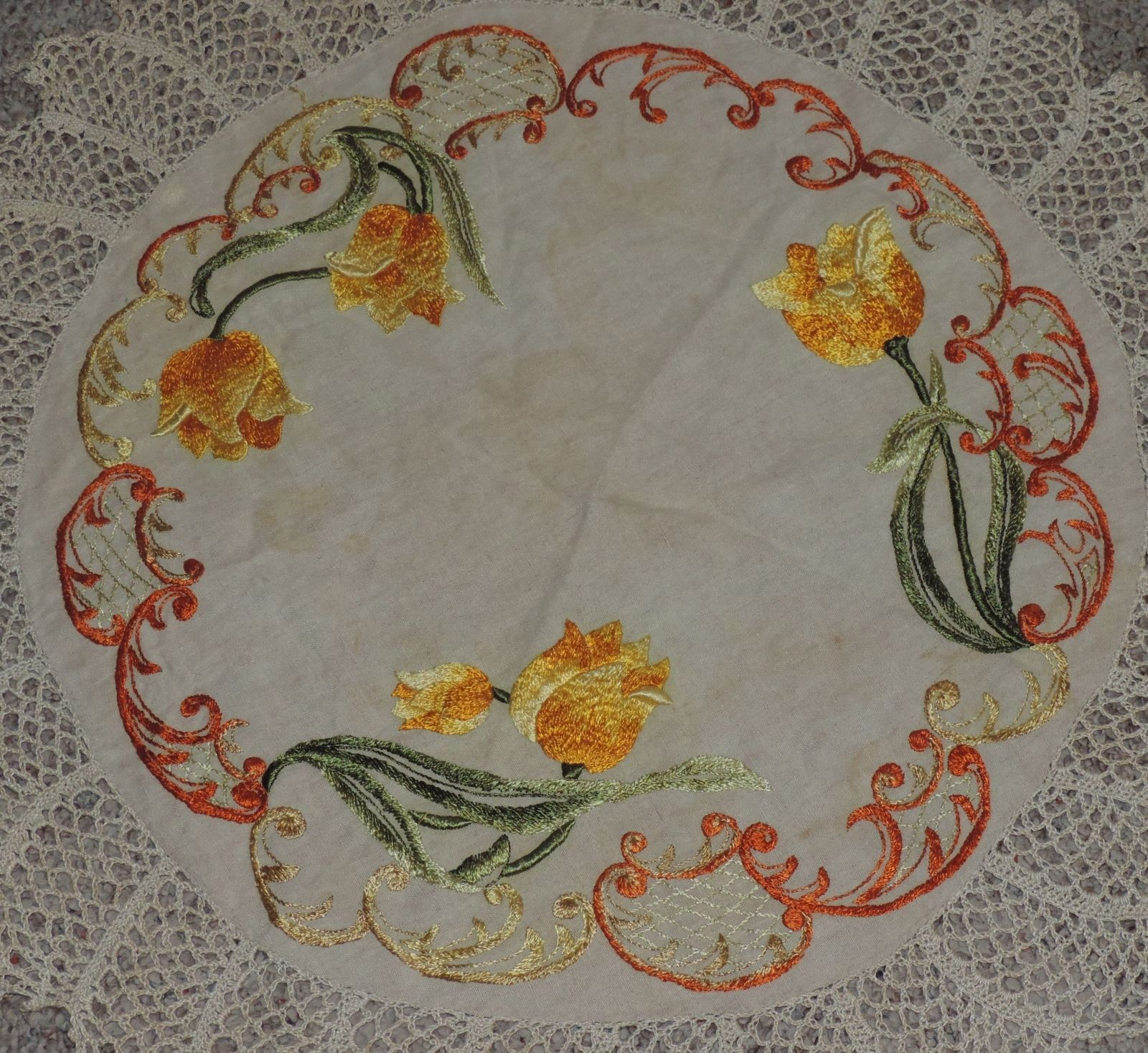Arts and crafts table linens - Antique Mission Arts Amp Crafts Round Table Linen Embroidered Tulips Crochet Lace Ebay