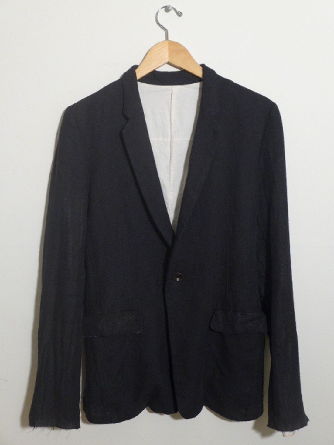 The Viridi Anne Black Linen Blazer