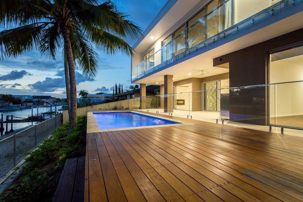 La Luna - Luxury Gold Coast Holiday Homes | Elite Holiday