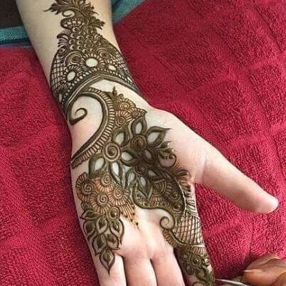 Fronthand simple mehndi design also henna with flowers and outline around nails rh pinterest