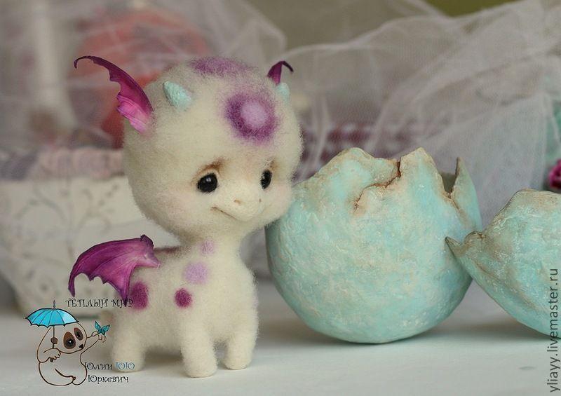 Baby Dragon by Julia Yuyu Jurkiewicz from Russia
