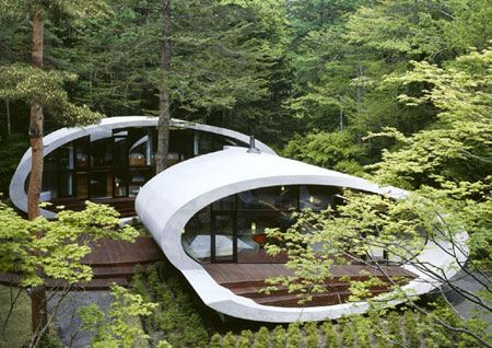 Shell House: Futuristic architecture from Japan.