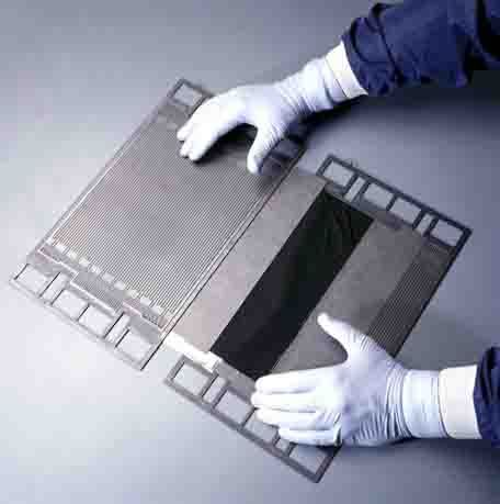 Bipolar plates and catalyst coated membranes   PEM Fuel