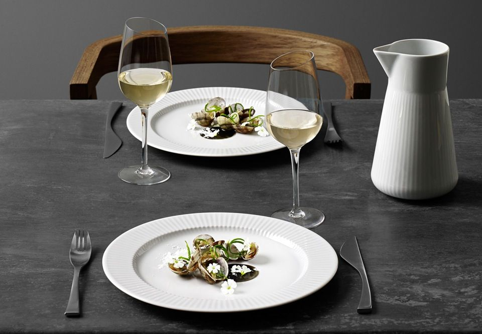 Nordic table setting with services from Eva Trio.
