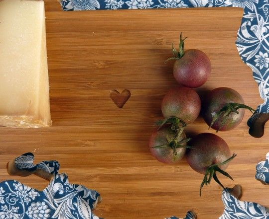 great gift. state shaped cutting board
