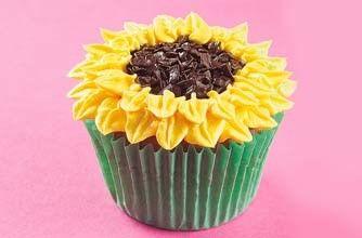 Sunflowers Cupcakes   Snack Recipes   GoodtoKnow #sunflowercupcakes