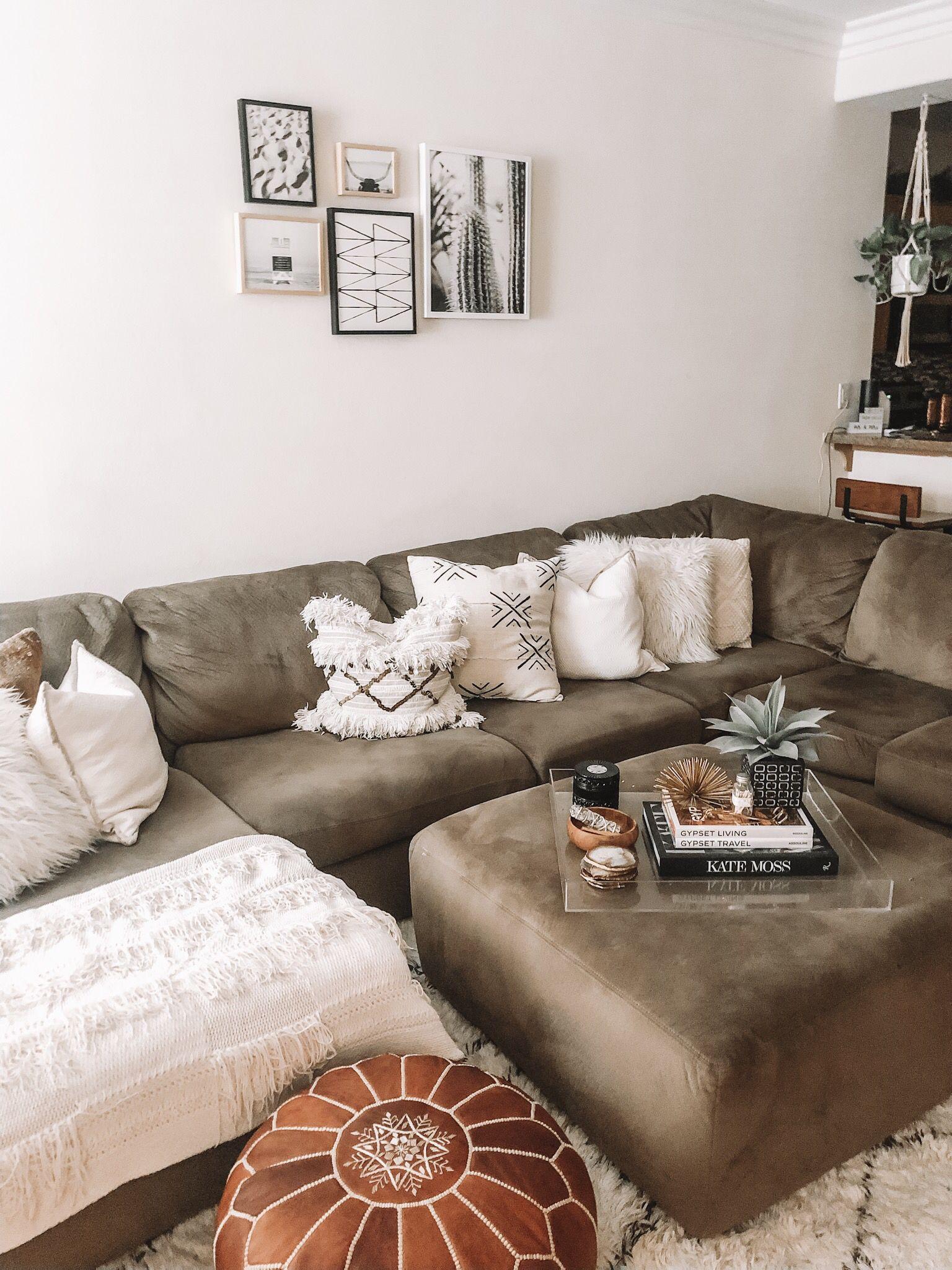 Boho living room | Living room decor inspiration, Boho ...