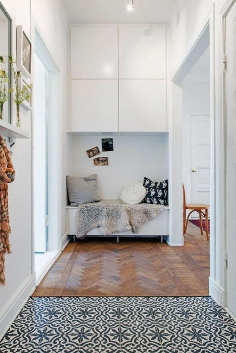 Hallway wall storage  Ikea Besta Einheiten in die Inneneinrichtung kreativ integrieren