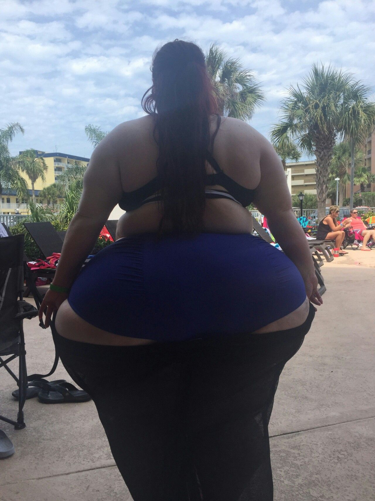 Big donkey booty miss hydro - 2 4