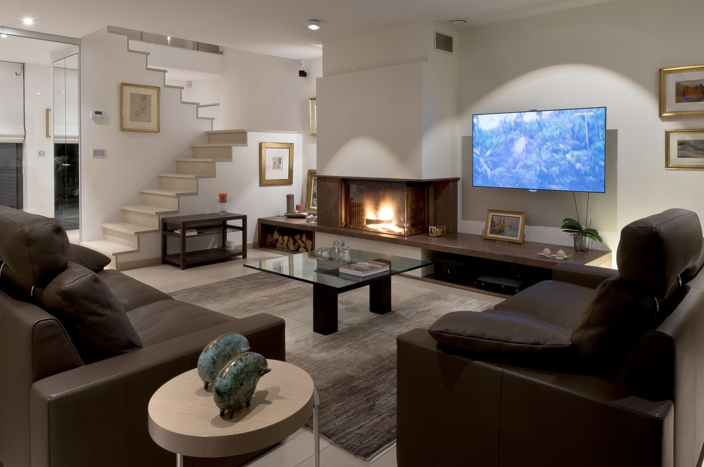 Chemine contemporaine en Granit Brown Chocolate  firepit at fv  Design Stone et Foyer