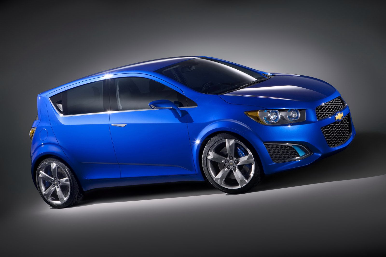 The 25 best chevrolet aveo ideas on pinterest dream cars black camaro and ford shelby 2015