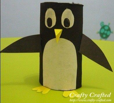 Pinguin knutselen van wc-rolletje