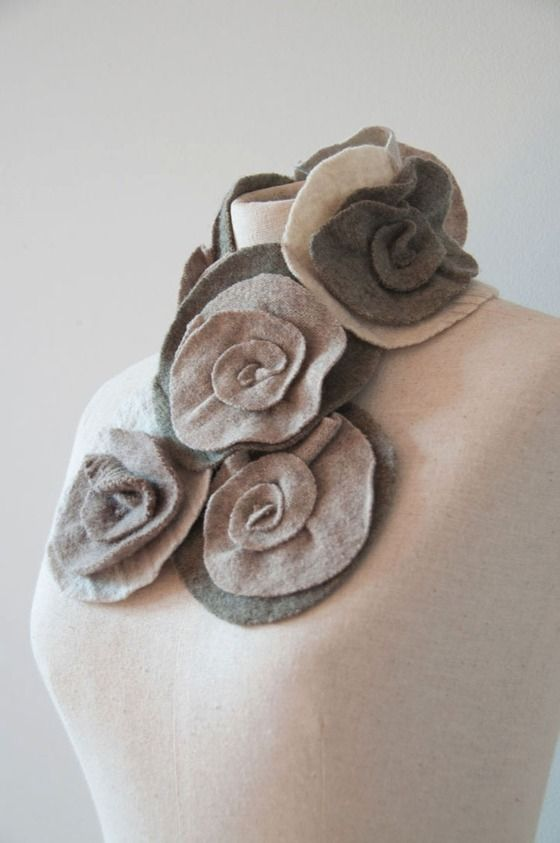 Pretty Rose Scarflette I Worked Last Summer Making These For Angela Eisman Of Eisman Design So Lovely Pretty Roses Pretty Style