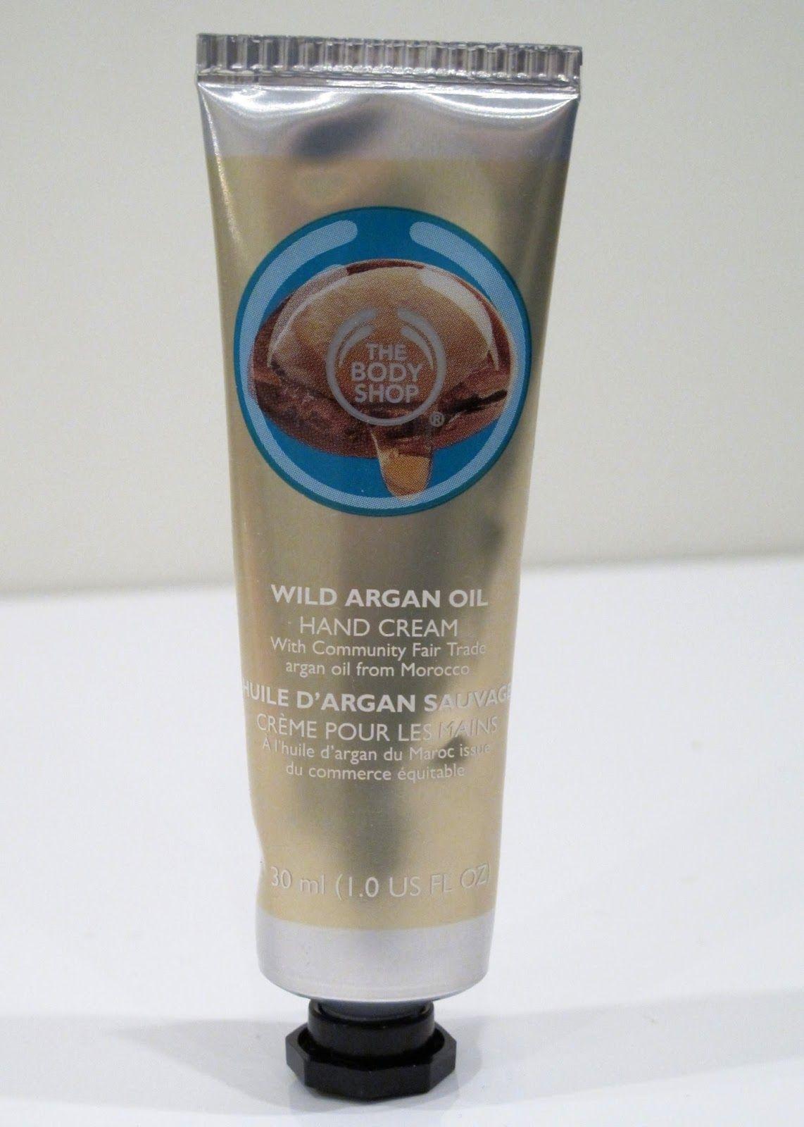 OSTOLAKOSSA: Liian villi tuoksu, mutta muuten loistava. Esittelyssä The Body Shop Wild Argan Oil Hand Cream.