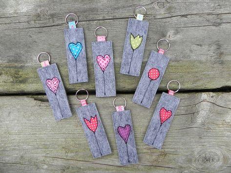 Schlüsselanhänger - Schlüsselanhänger Filz *Herz oder Tulpe* - ein Designerstück von handgemachtes81 bei DaWanda