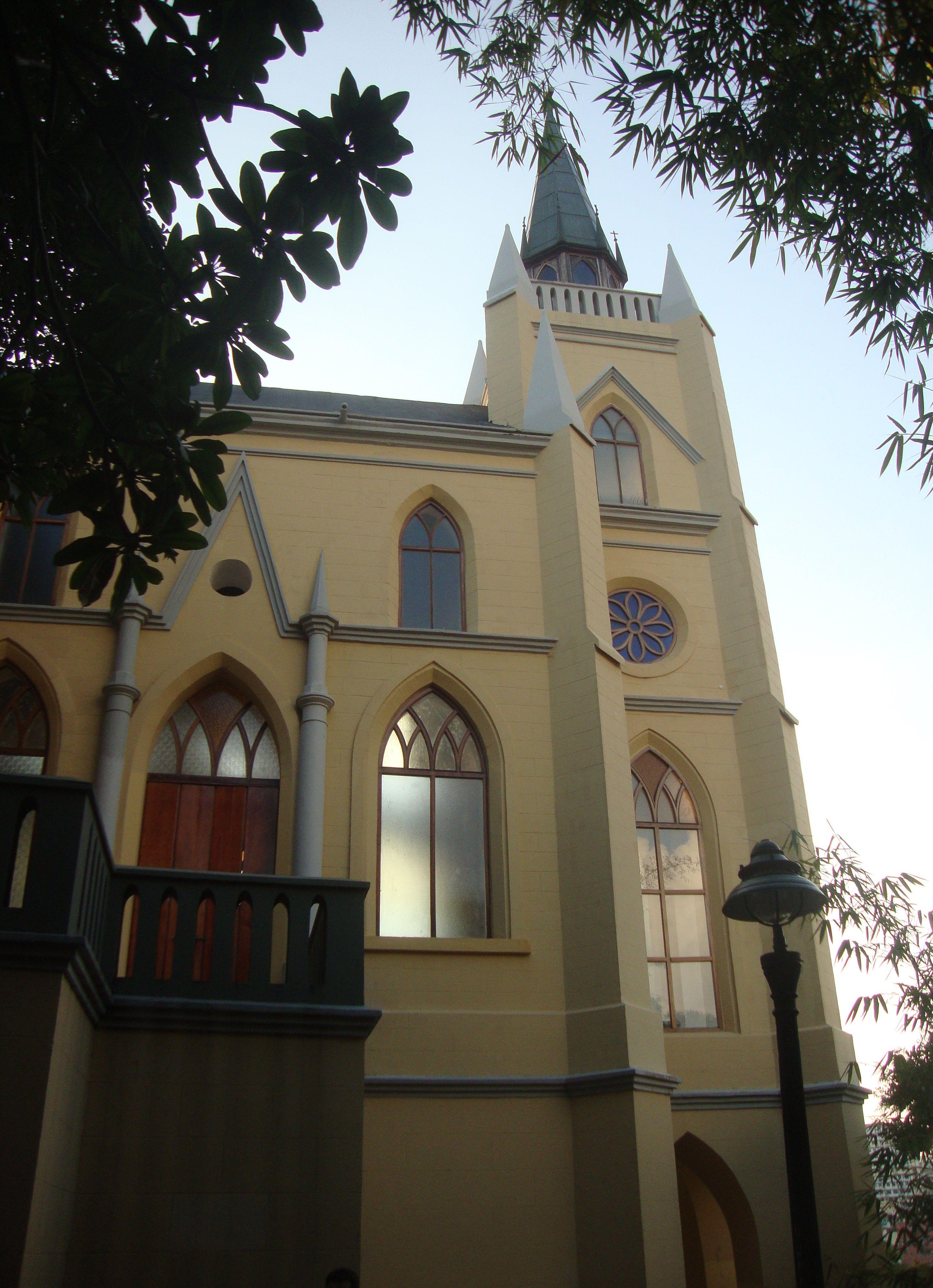 Capilla De Nuestra Señora De Lourdes Parque El Calvario House Styles Mansions Building
