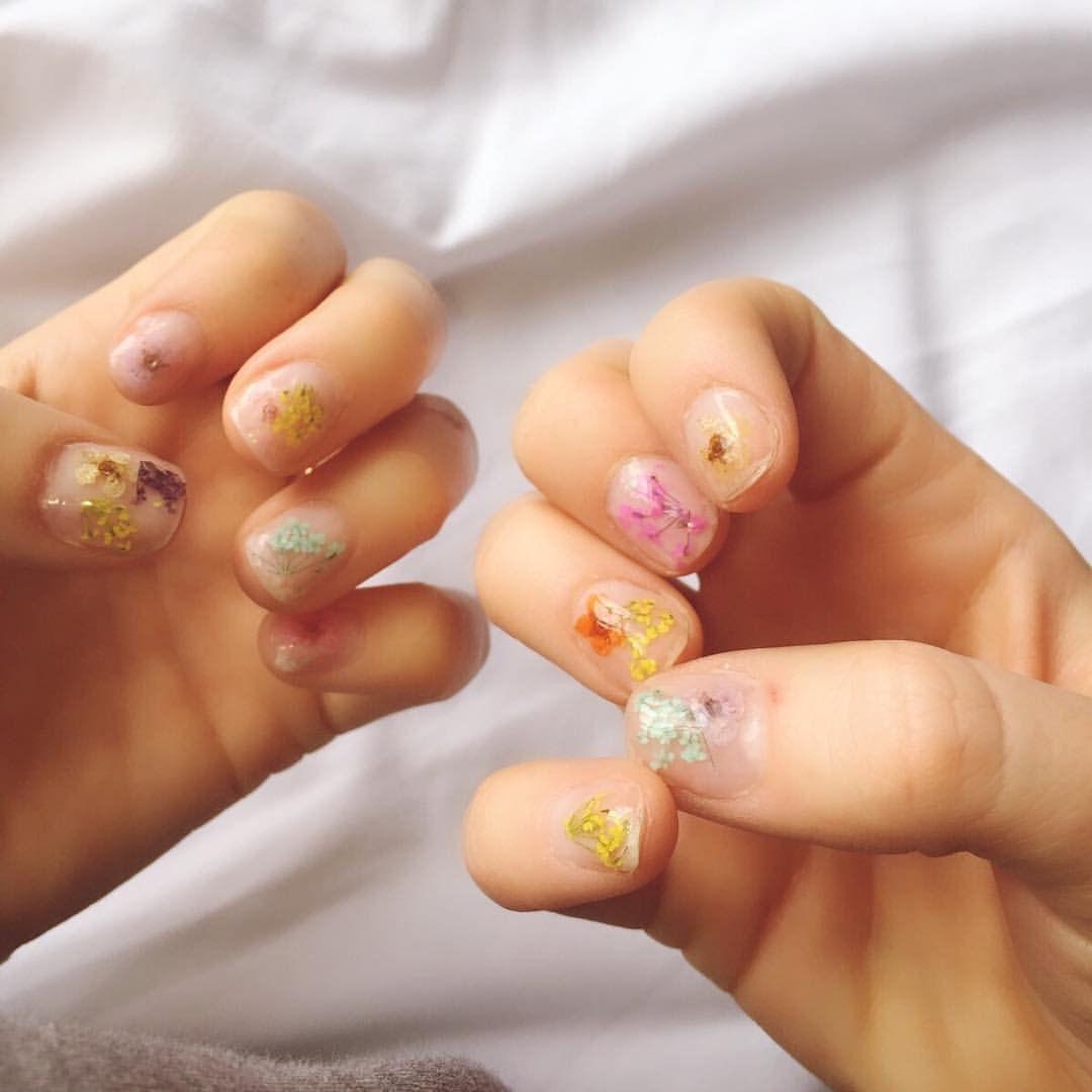 zoenatalie — 💅🌸  •  •  •  •  •  #nailart #nailartbyme #nails...