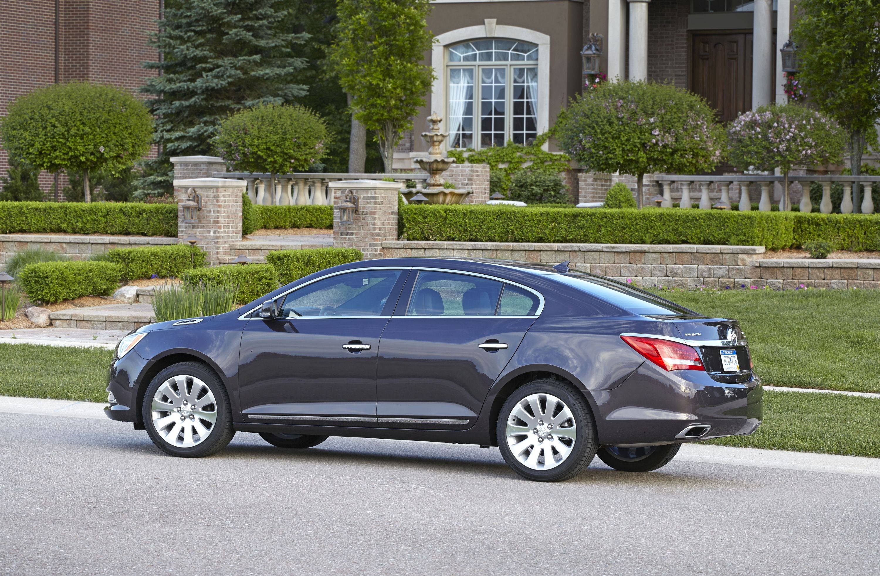 2014 buick lacrosse 1sl awd with midnight amethyst metallic exterior color and 19 alloy wheels