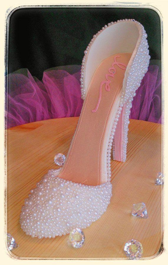 High Heel Edible Pearl Bridal Cake Topper by ValenasCustomCakery, $60.00