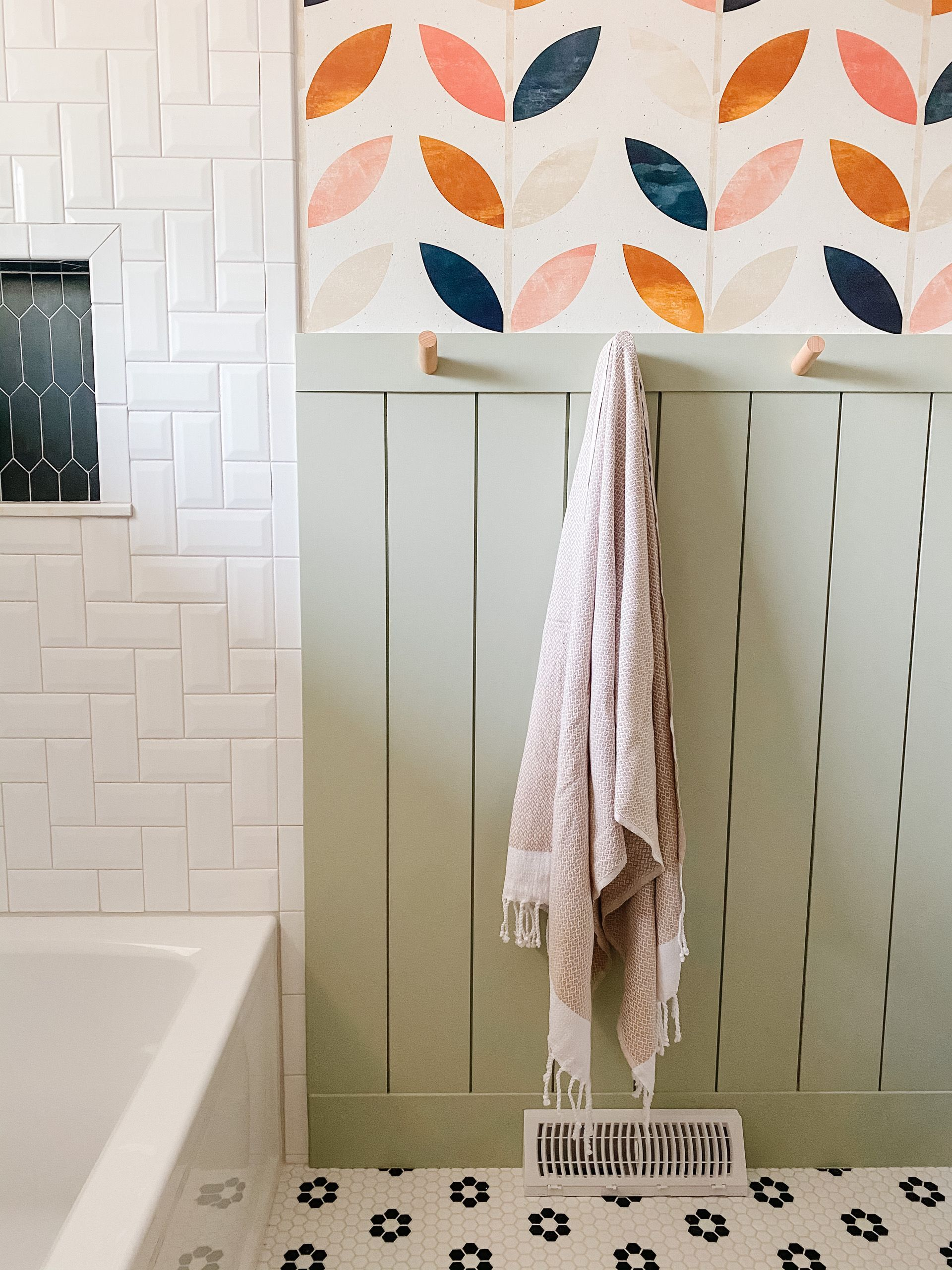 Our Bathroom Wallpaper Reveal Boho Wallpaper Round Up Sprucing Up Mamahood Wallpaper Accent Wall Bathroom Boho Bathroom Bathroom Wallpaper