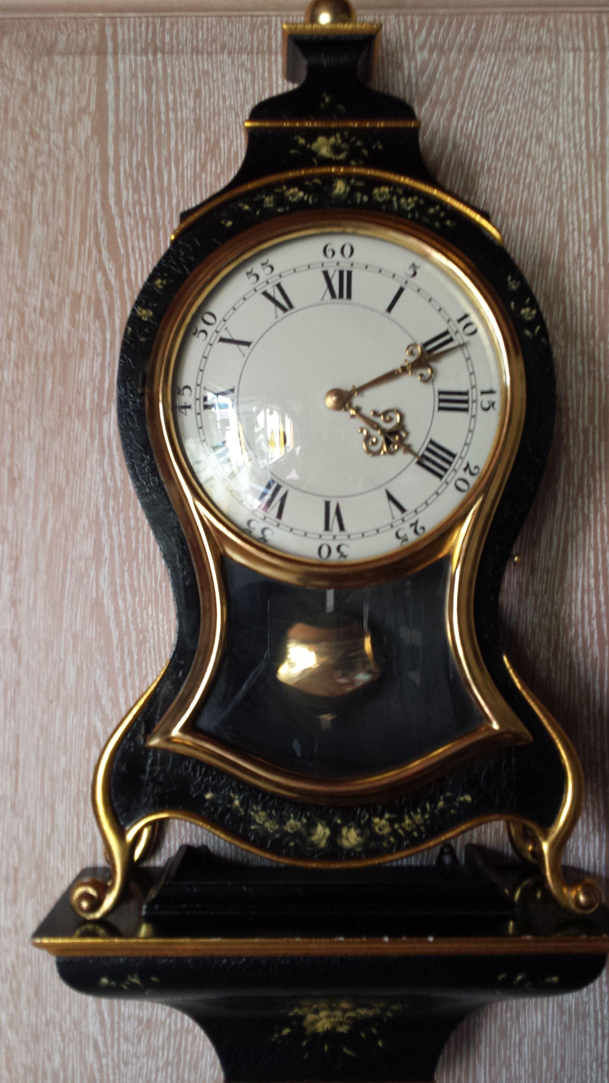 Le Castel clock famous clock from le castel Clock