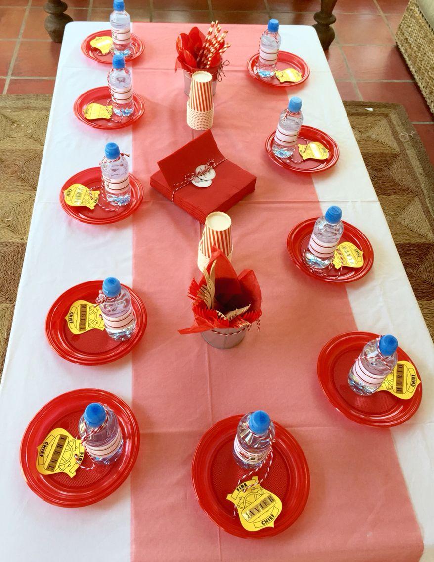 Mesa infantil cumplea os bomberos momentos m gicos pinterest mesas infantiles bomberos y Mesa de cumpleanos infantil
