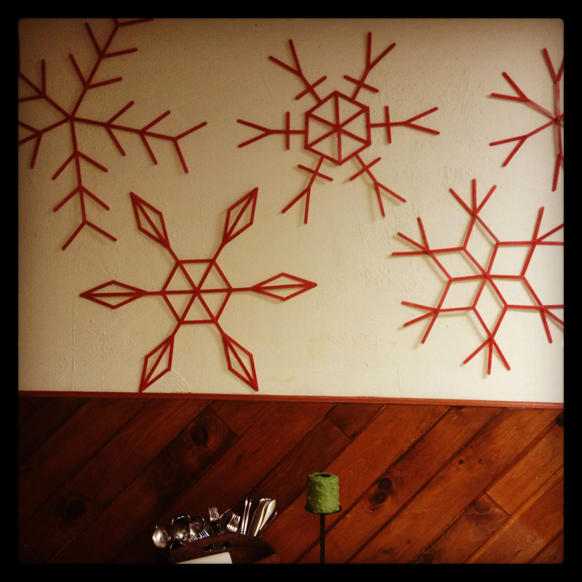 Popsicle stick snowflakes Christmas Crafting Gifts