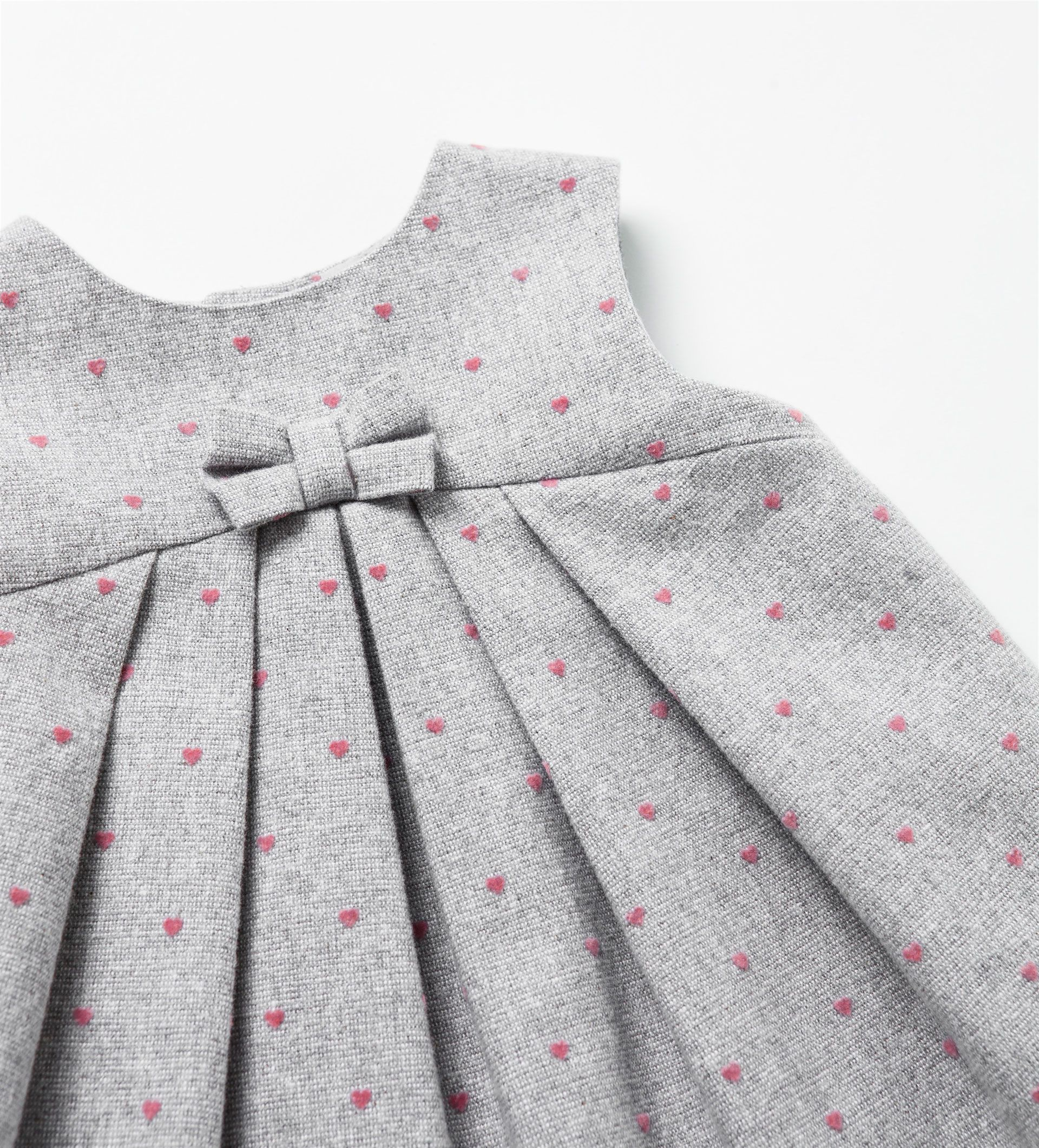 Dress with hearts diy and crafts pinterest babies kids