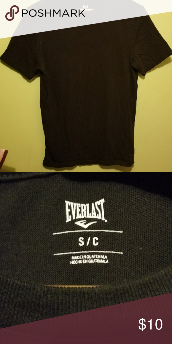 1c93e4532035 NWOT Men s Black T-shirt A plain black shirt. Never worn. Men s small. This  basic tee is great for wearing underneath hoodies