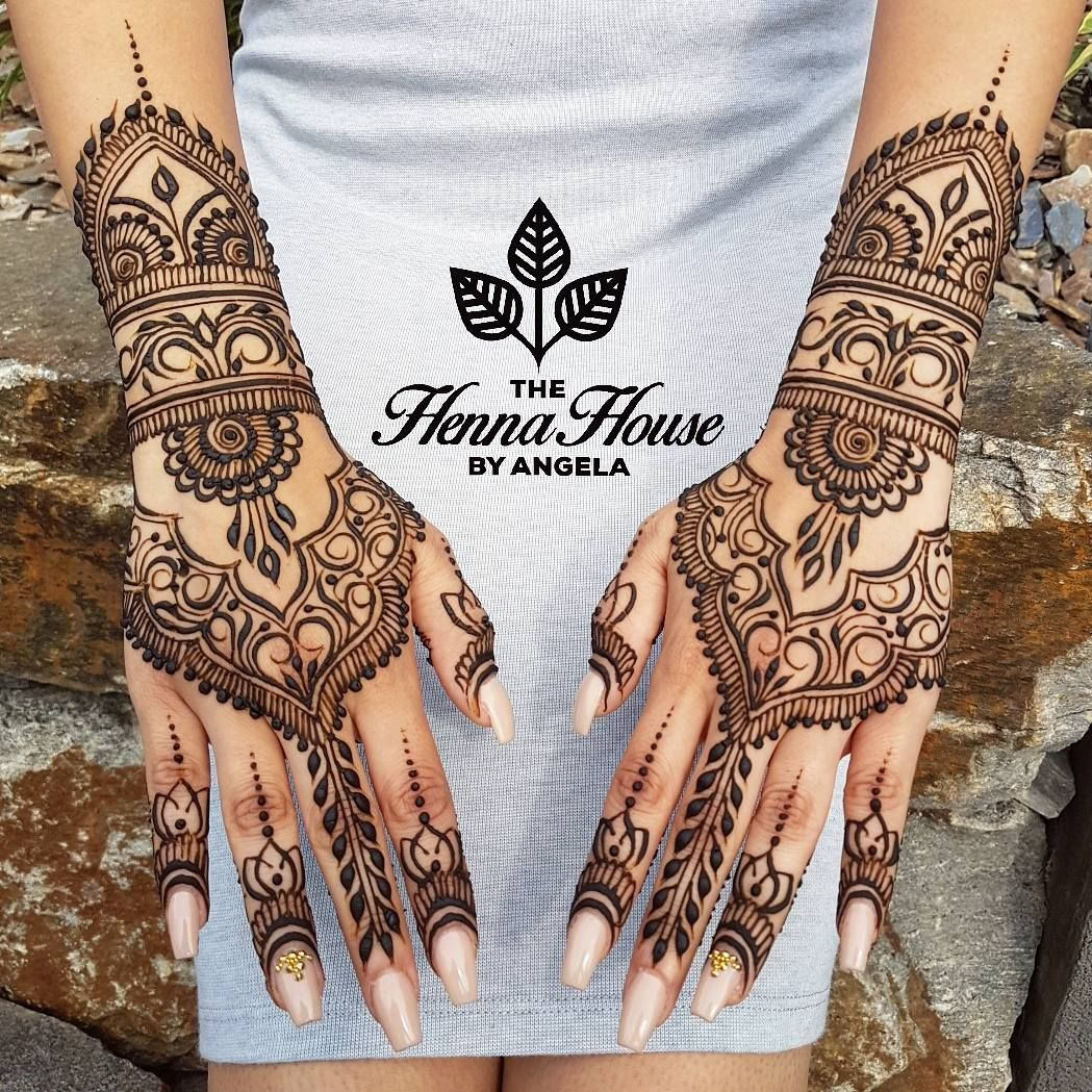 """The Henna House by Angela on Instagram: """"Sarah's simple, yet gorgeous bridal hands inspired by @hennabydivya, chosen by the bride 💍"""""""