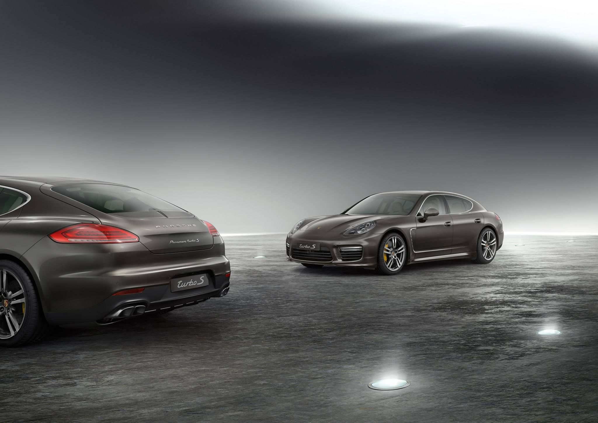 The new Porsche Panamera Turbo S - Focused Power.