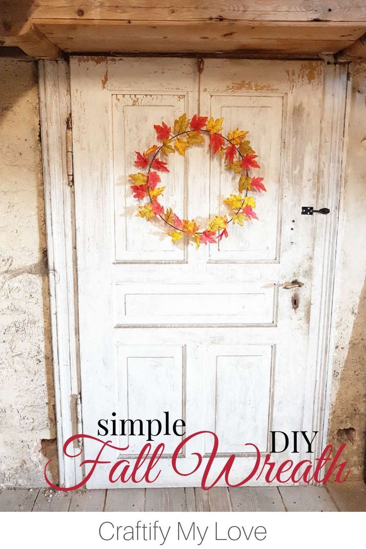 Photo of Simple & Elegant – Single Maple Leaves Fall Wreath
