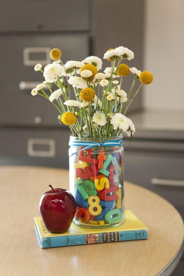 Tischdeko Einschulung Vase Magnet Buchstaben Wiesenblumen Apfel Buch