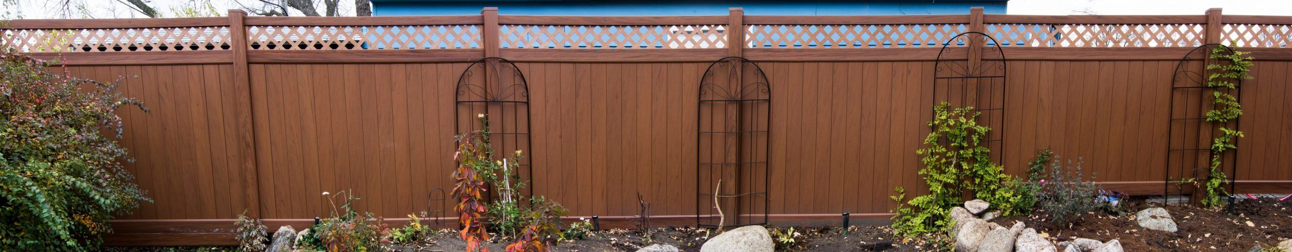 Mocha Walnut Vinyl Fence   Factory Direct   Vinyl Fence ...