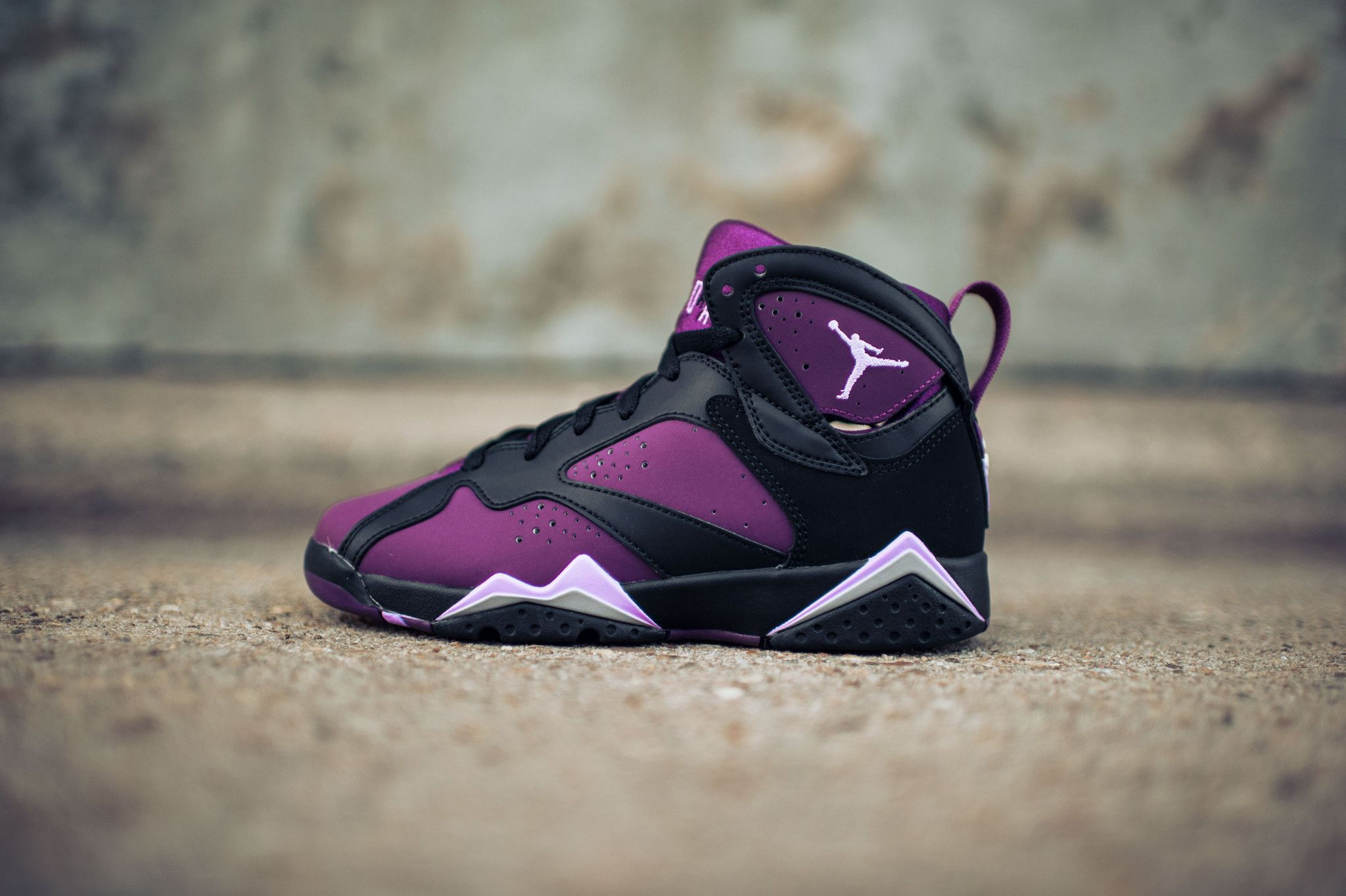 newest collection 2ed0b e1c09 Air Jordan 7 Retro GG (Black Fuchsia-Wolf Grey)