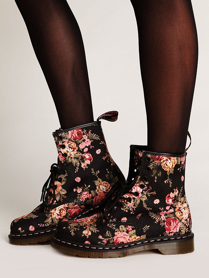 dr martens victorian floral docs at free people clothing. Black Bedroom Furniture Sets. Home Design Ideas