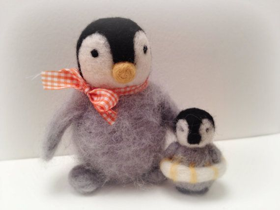 Mother and baby penguins     Custom order for Chris by feltstories