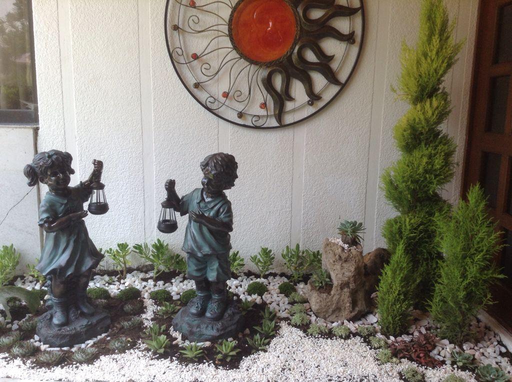 My new garden. Mi jardinera nueva.