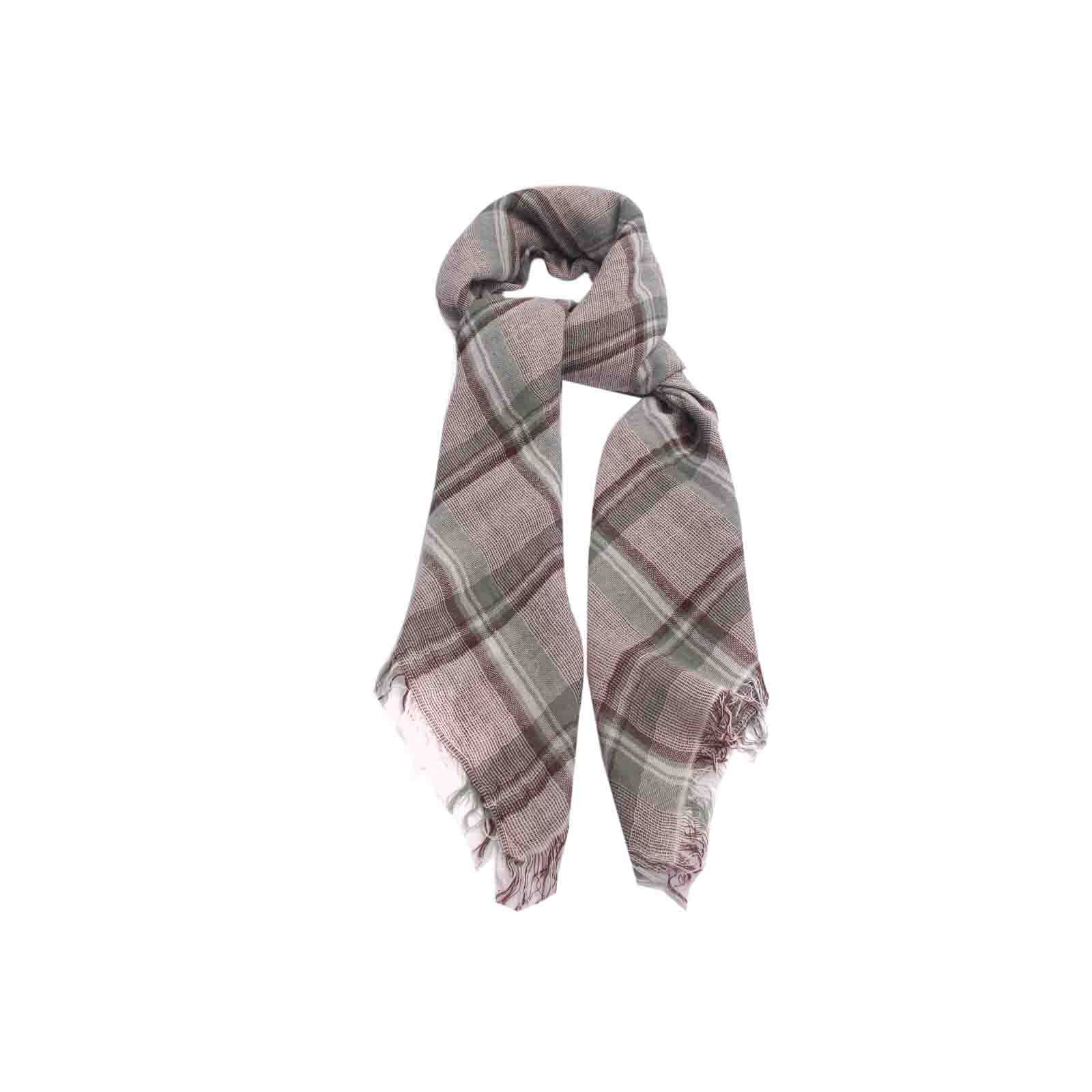 Lenço Xadrez e Verde #lenços #lenço #scarf #scarfs
