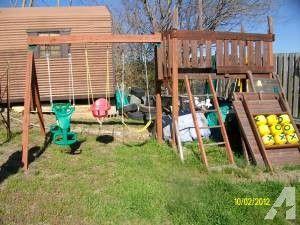Swing Set - (Lynchburg) for Sale in Lynchburg, Virginia Classified | AmericanListed.com
