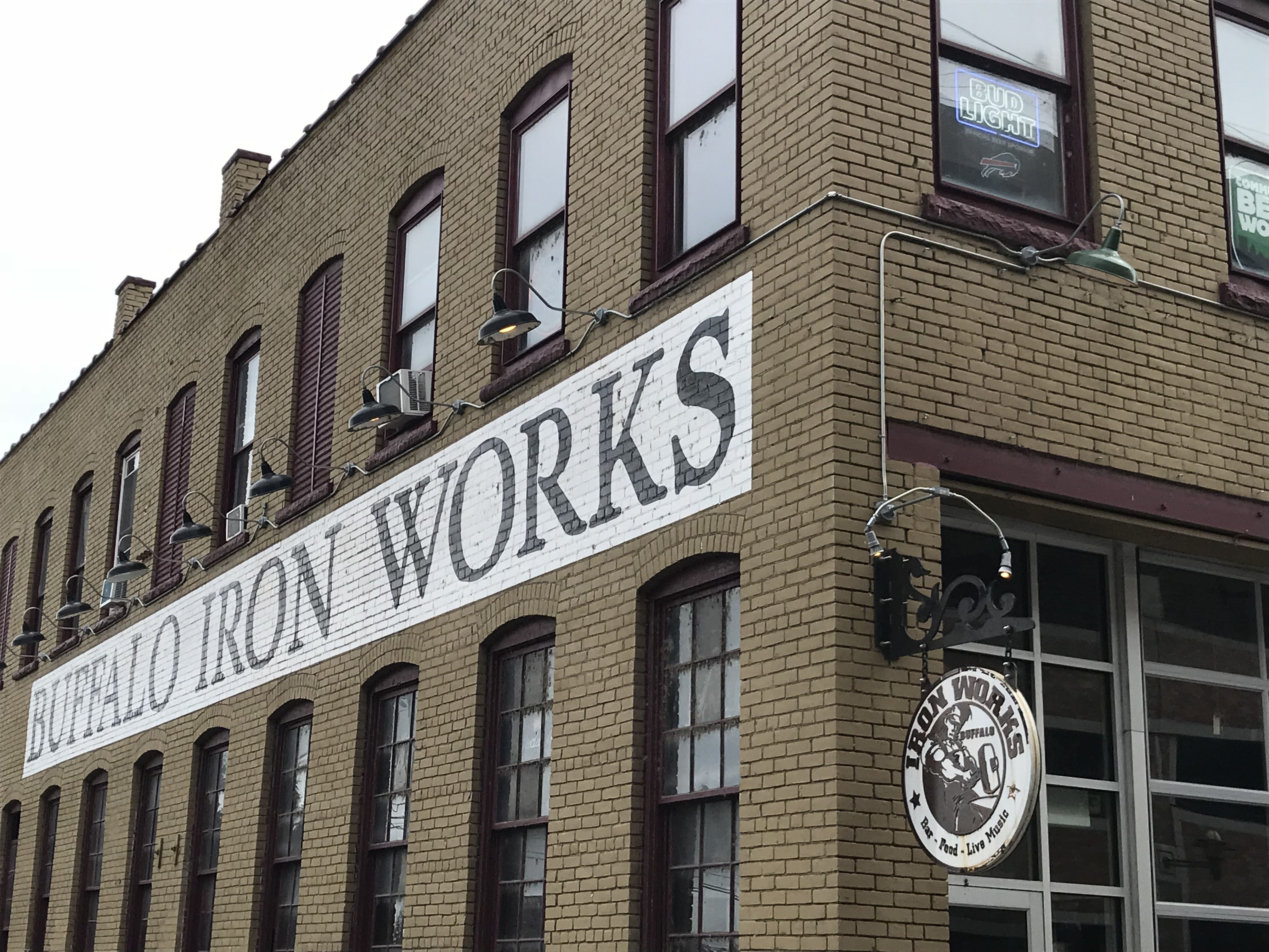 Buffalo Iron Works This Restaurant At 49 Illinois St Is A Live