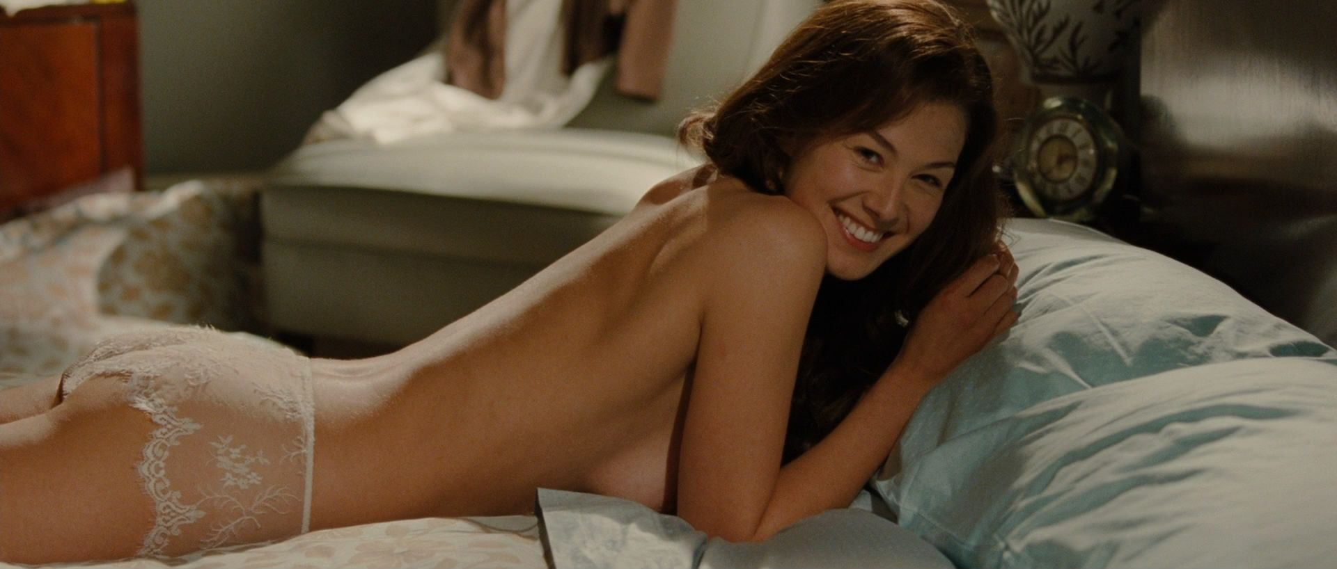 Rosamund pike nude movies-4530