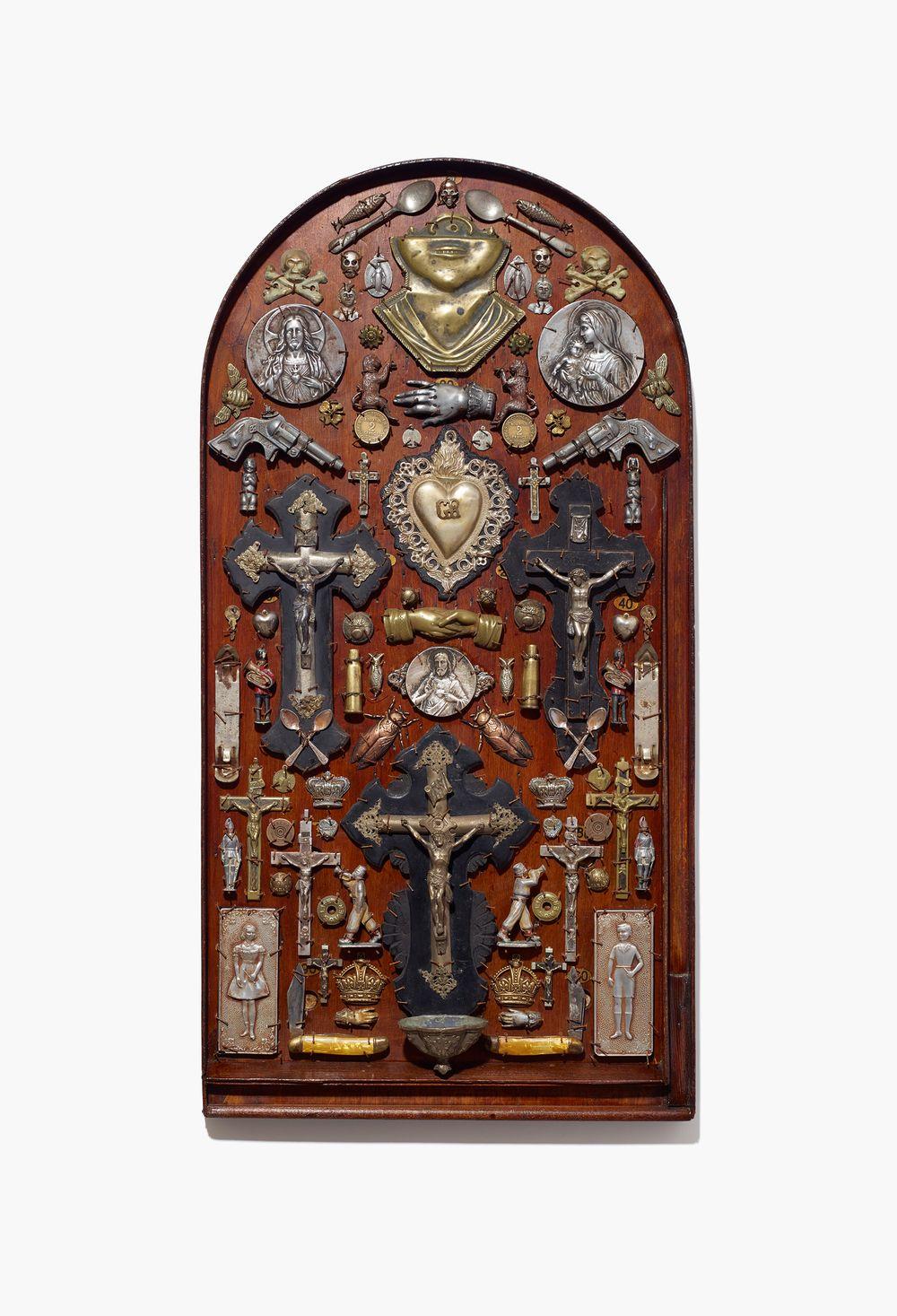 Pin by 𝕬𝖓𝖓𝖒𝖆𝖗𝖞𝖚 on nancy fouts nancy work crucifix