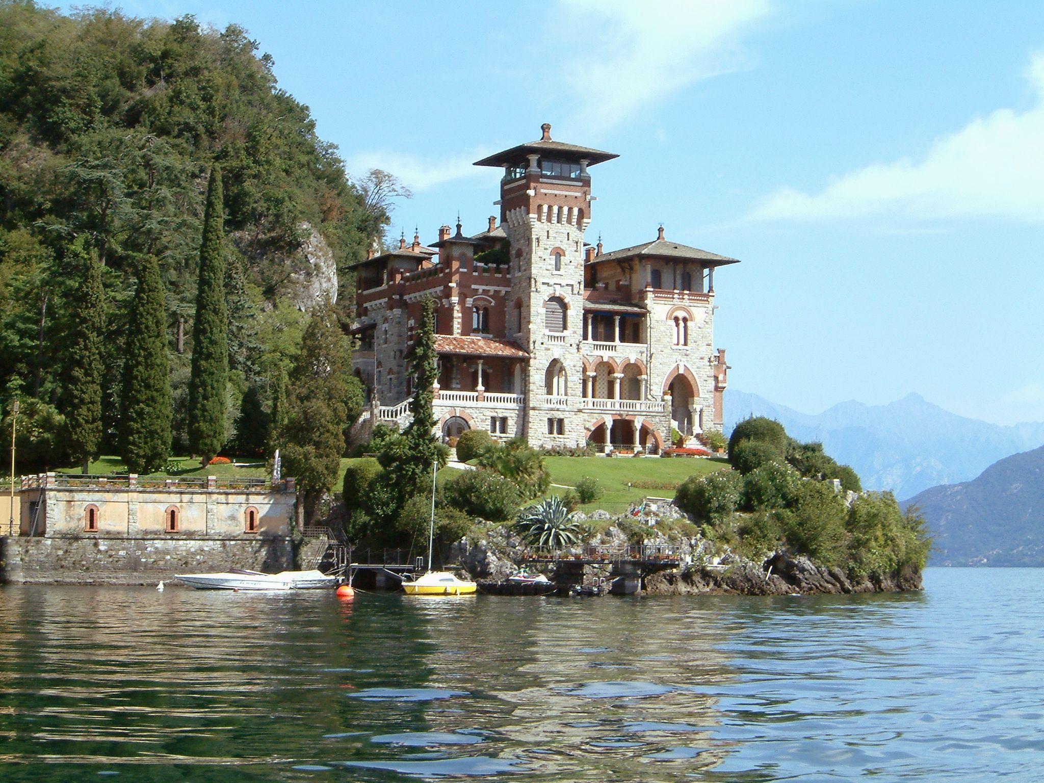 casino royale locations lake como